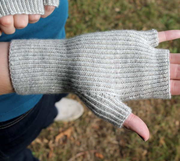 The twisted rib palm of the fingerless mitts