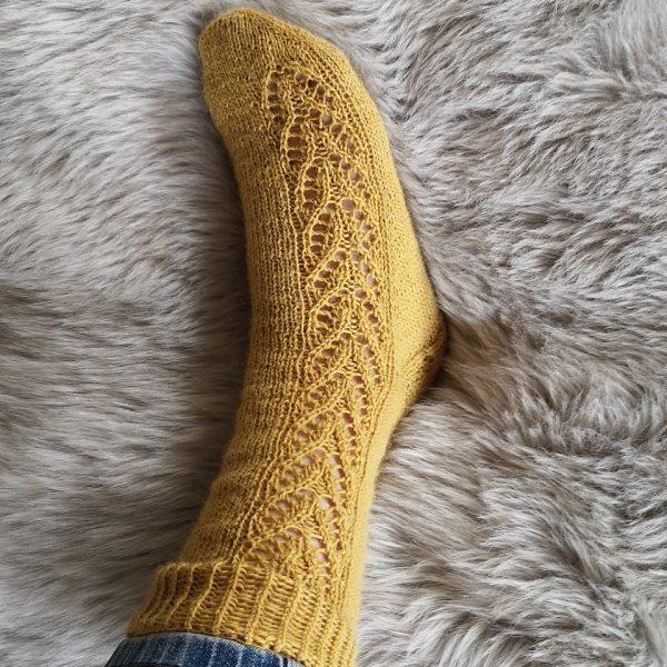 Katharina knit her small Brocket in Vendita Sockenwolle