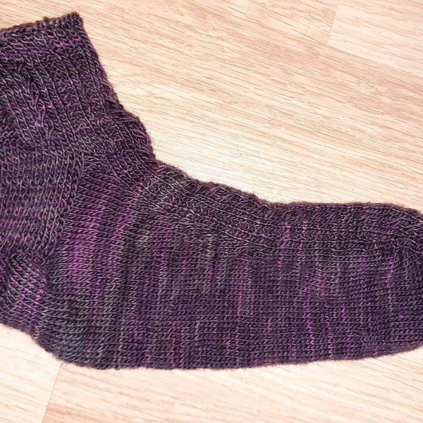 Steffi knit her XL Tìorail in stash yarn